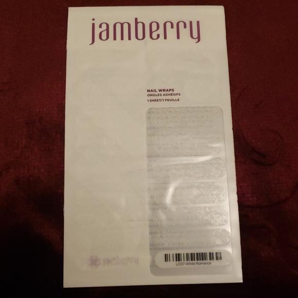 Jamberry Other - Jamberry Nail Wraps White Romance